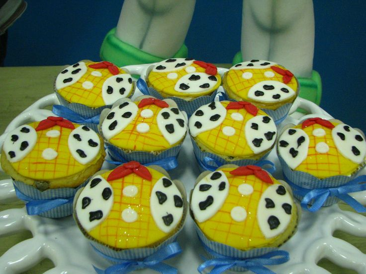 images of toy story cakes   ... Simone Doces: Ao infinito e além !!! Toy Story para o fofo do Enzo