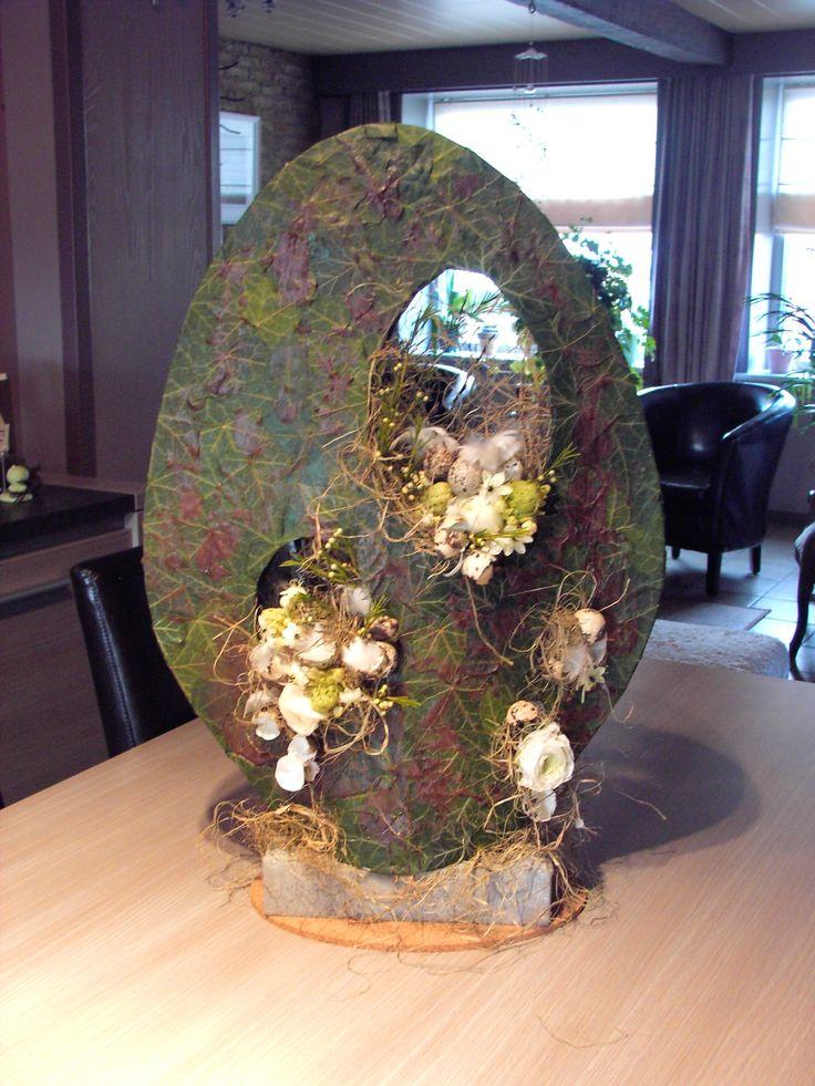 Décoration de Pâques à mettre sur l'appui de fenêtre de la Seigneurie.