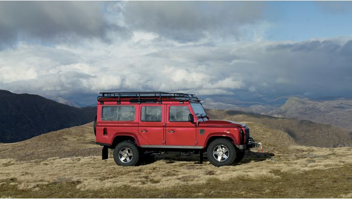 I've never met a dude who doesn't want a Land Rover Defender. Listen in Best Road Trip Cars And Where I'd Drive Them by| Trevor Morrow Travel. @landroverusa #defender