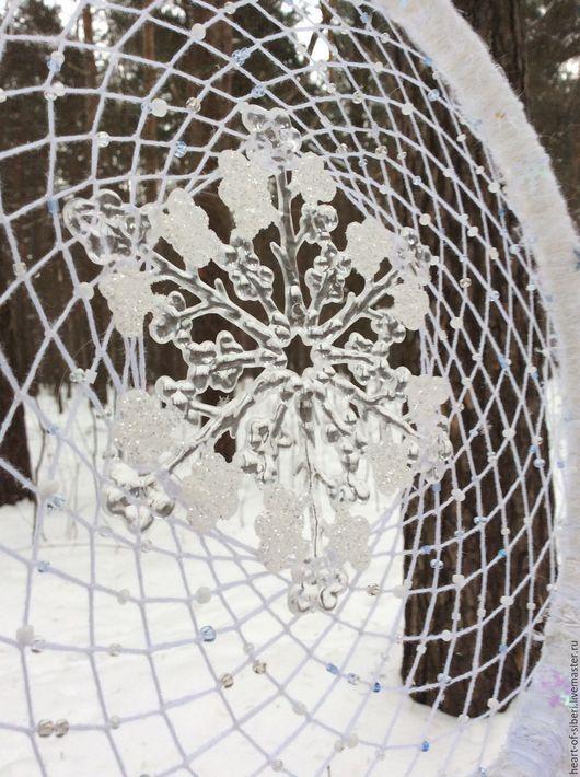"""Ловцы снов ручной работы. Ярмарка Мастеров - ручная работа. Купить """"Госпожа-Метелица"""" - зимний ловец снов, снег, снежинка, белый. Handmade."""