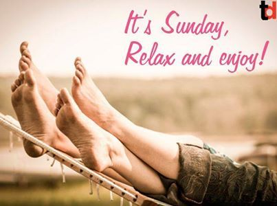 """Sunday is the golden clasp that binds together the volume of the week."" ― Henry Wadsworth Longfellow #sunday #quote"