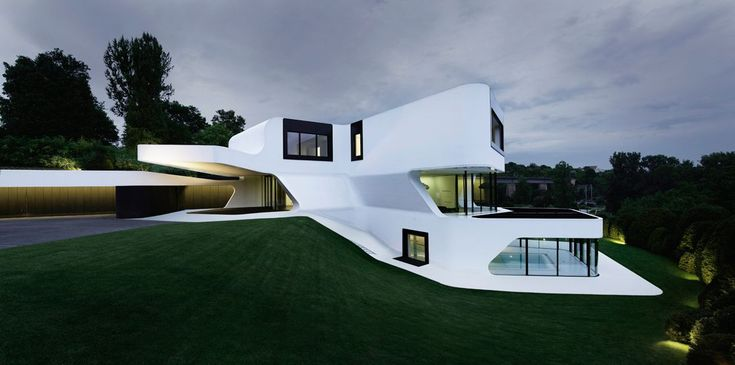 154 best Ultramodern houses images on Pinterest Architects House