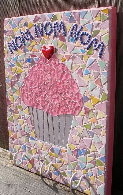 3 Hook - Cupcake by Go Girl Mosaics ~ Jessey in Oregon, via Flickr