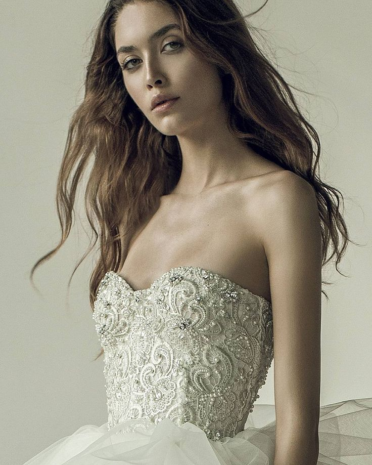 Metallic macrame lace fw17 sweetheart corser wedding dress beaded with Swarovski pearls and crystals