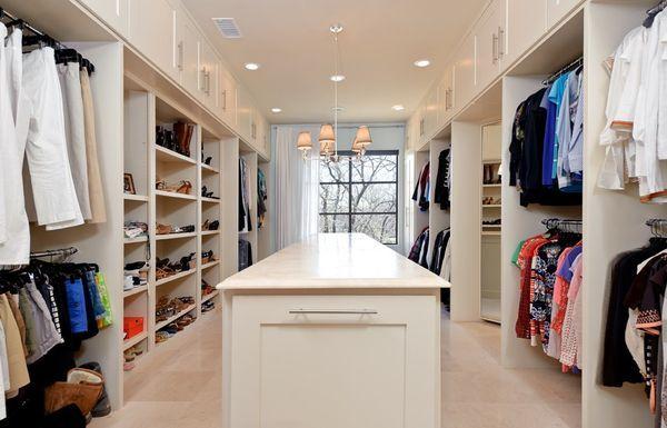 Walk in closet. Love!