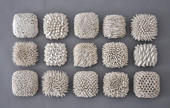 Pistache grès cérame Micro mur en céramique par elementclaystudio