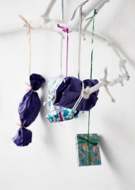 French By Design: Saturday's Treat : More cool Xmas decor ideas