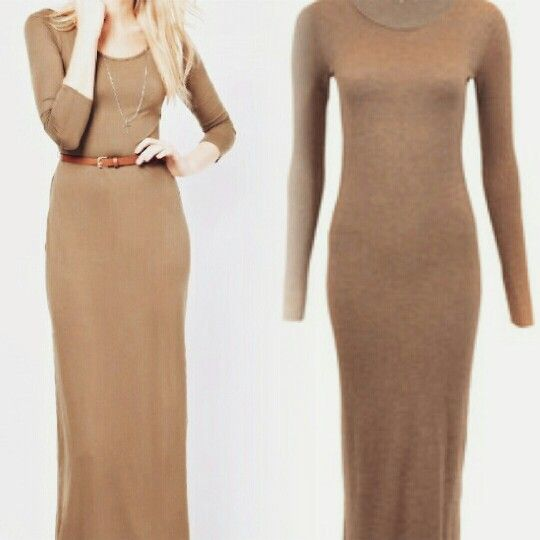Nieuw bij Calinda Stylish strakke maxi jurk met spleet aan de zijkant, in caramel kleur. Slechts voor €20,-  Interesse? Stuur mij een prive bericht.    New at Calinda Stylish tight maxi dress with slit on the side, in the colour caramel. Only for €20,- Interested? Send me a private mail.