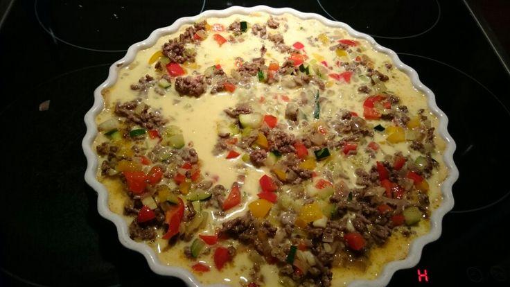Pai med kjøttdeig og grønnsaker