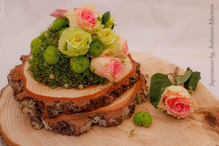 25 beste idee n over mos bloemstukken op pinterest mos for Boomschijven decoratie