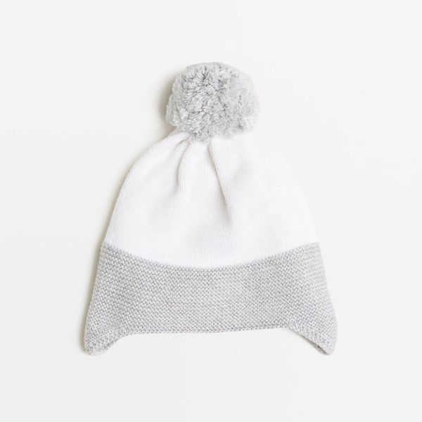 Beautiful knitted hats made from Cotton/ bamboo and wool blend. sizes newborn to 12 months.