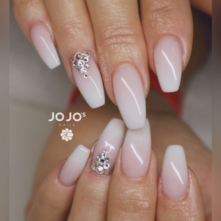 Best 25+ French fade nails ideas on Pinterest | French ...