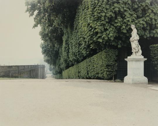 Luigi Ghirri Versailles, 1985 Fondazione Fotografia Modena
