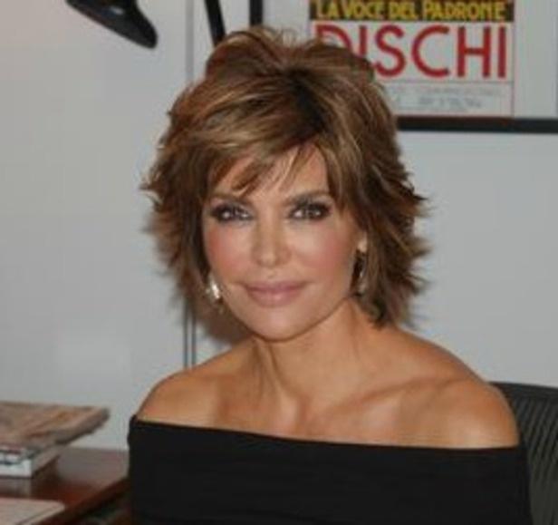 Lisa Rinna Wears Depends On Red Carpet