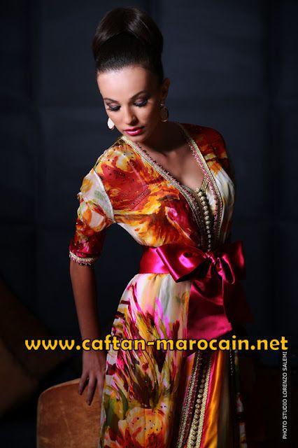 Location caftan marocain: Takchita moderne haute couture