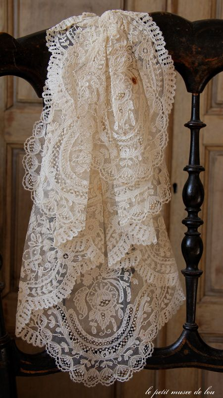 A Positively Beautiful Blog  2 the countess olenska gave them an exquisite piece of old lace