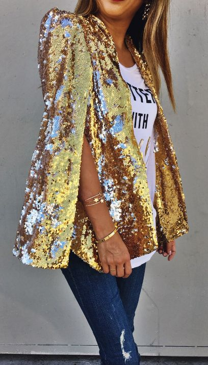 Gold sequin blazer. YES!