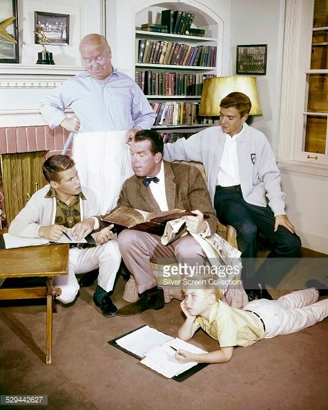 Some of the cast of the American TV sitcom 'My Three Sons', circa 1963. Left to right: Don Grady , William Frawley , Fred MacMurray , Stanley Livingston and Tim Considine.