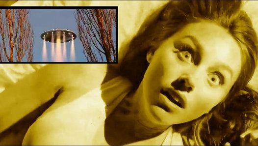 - Des milliers de personnes de toutes les régions du monde ont rapporté avoir été enlevés par des extraterrestres, y compris un chef de file mondial, le Président Kirsan Ilyumzhinov de la République russe de Kalmoukie, qui a annoncé en 2007 qu'il avait été enlevé à bord d'un vaisseau extraterrestre.  - Le phénomène d'enlèvement extraterrestre pourrait-il être vrai? Mais si oui, pourquoi est-ce que les gens sont abductés? Et peut-être plus importants encore, pourquoi sont-ils reto...
