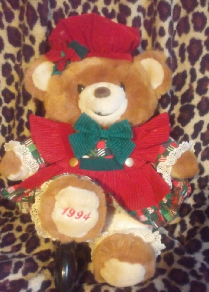Kmart Christmas Holiday Teddy Bear Lane  17   Brown Girl 1994 Hard to Find  free shipping