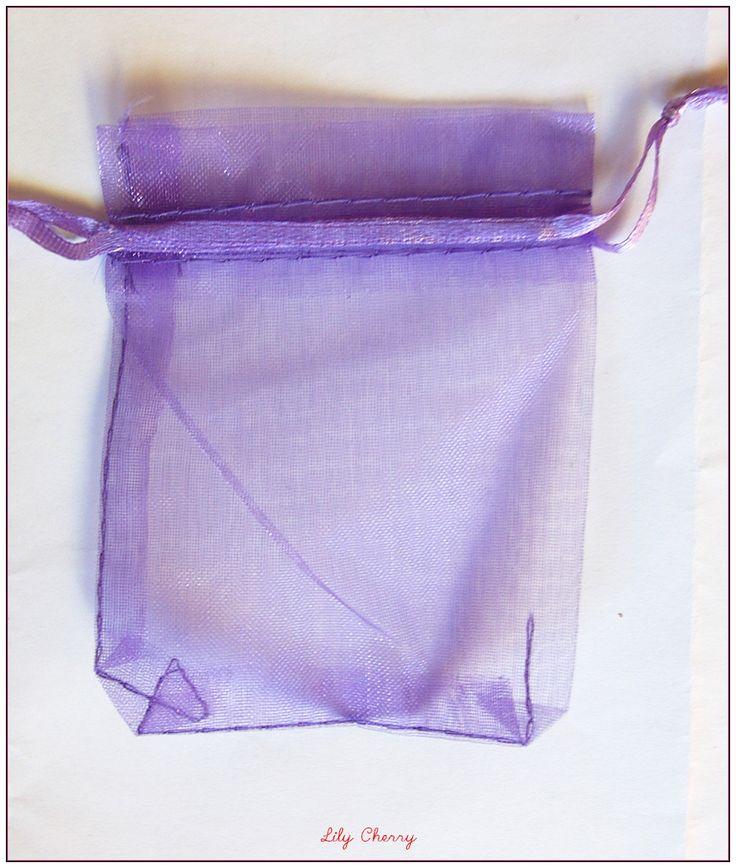 1 sac pochette cadeaux bourse organza noël anniversaire violet taille 7cmx9cm x1 : Emballages cadeaux bijoux par lilycherry