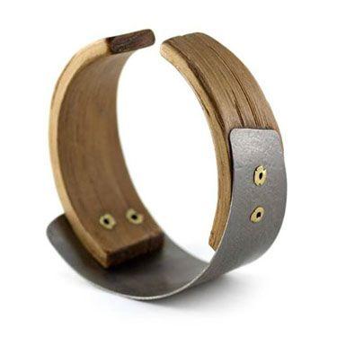 Gustav Reyes - Ring - Silver, Gold, Wood.