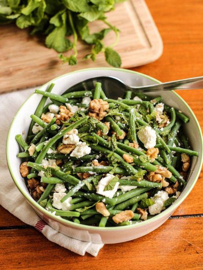 Salade de haricots verts à la feta, menthe et noix – 6 idées de repas pour quand il fait très chaud