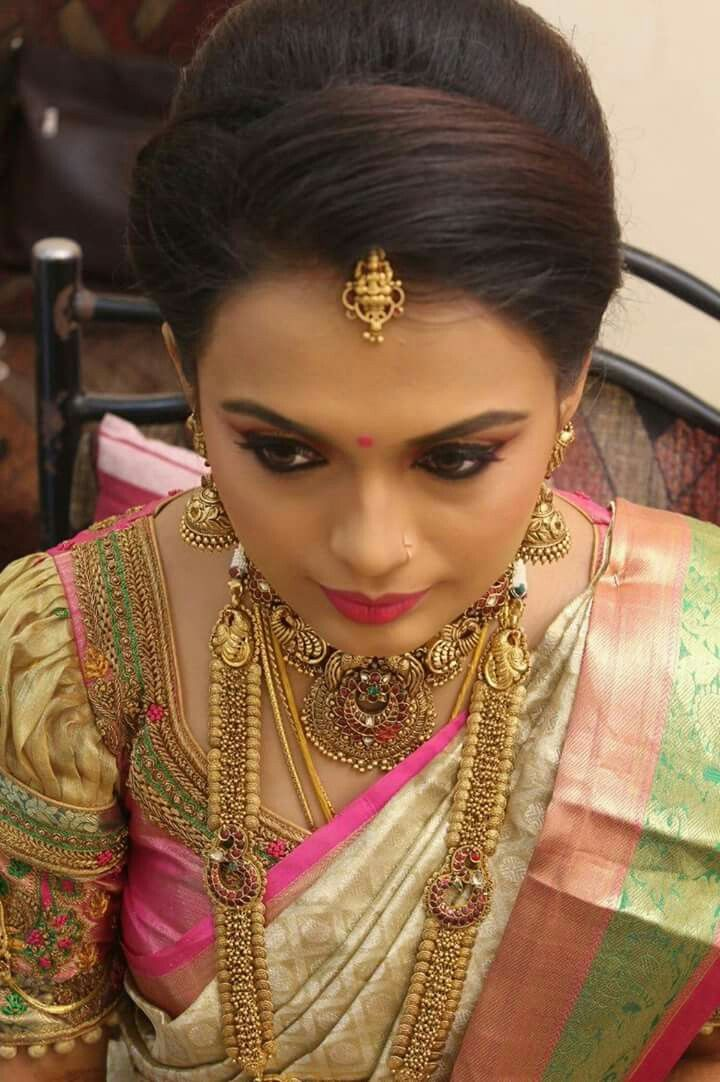 Pin By Prabha Chandran On Silk Engagement Hairstyles Indian Bride Hairstyle Front Hair Styles
