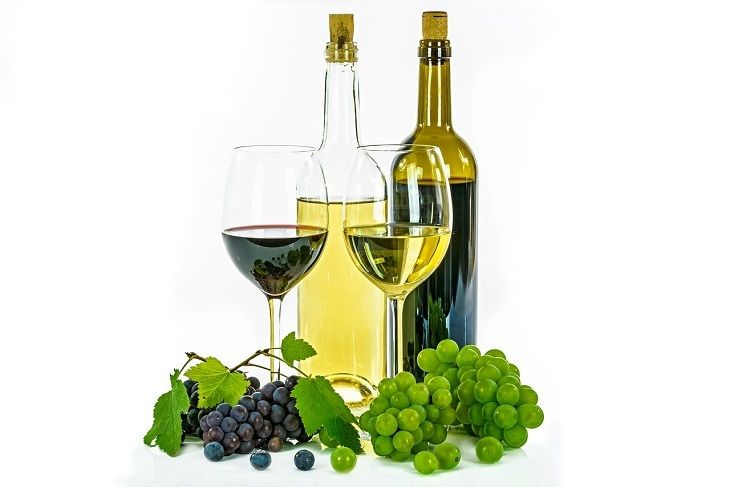 Wine is one of the most popular drinks in the world, but which wine is better - red or white?