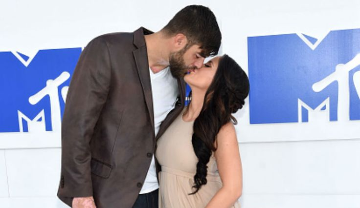 Jenelle Evans Welcomes Baby Girl With Boyfriend David Eason, 'Teen Mom 2' Star Gives Birth To Third Child
