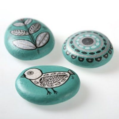 Lovely handpainted rocks as gifts