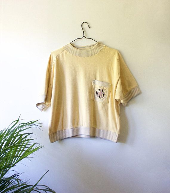 be70545c8 Vintage Light Yellow Sweatshirt // Short Sleeve College Sweater T ...