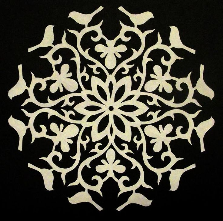The Quilt Rat: snowflakes with paper cutting tutorial to make appliqué templates