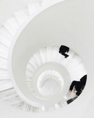 Best Spiral Staircases White Spiral Staircase White 400 x 300