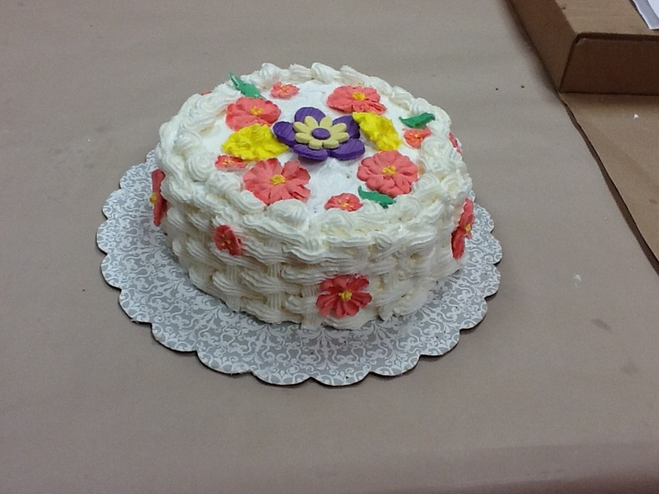Janice McHugh made this gorgeous basket weave cake in ...