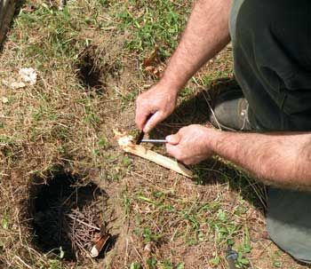 Dakota Fire hole- Burns hot and uses less fuel. Also hides some of the visible flames.: Survival Skills, Outdoors Camping, Survival Tips, Dakota Fire, Fire Hole, Camping Survival, Survival Camping, Camping Ideas, How To Build