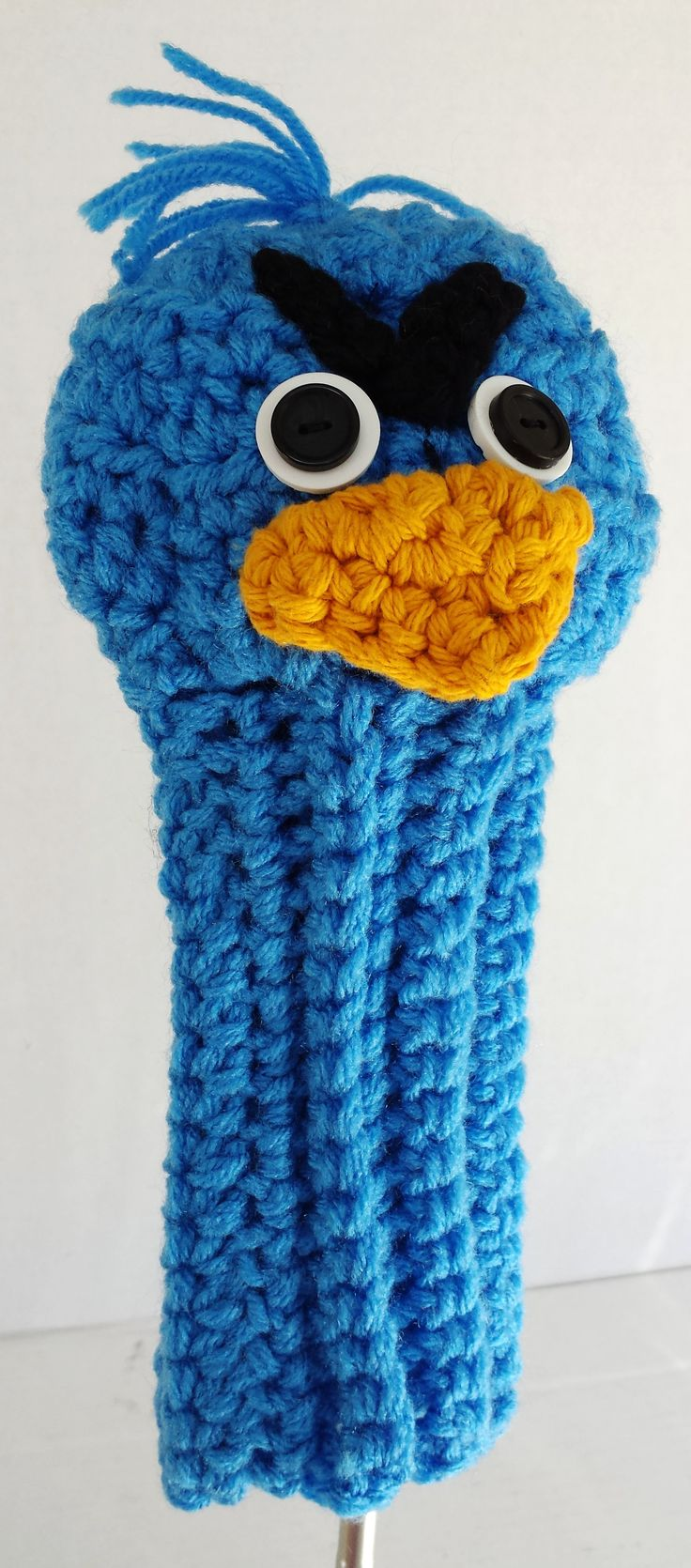 www.etsy.com/... Did you know that Angry Birds are big golf fans? Look at the head on that driver!This eye-catching club cover will intrigue friends and foursomes alike, making you a real hit on the fairway. This fun and funky golf club cover will give everyone something to talk about...even if it isn't your swing.