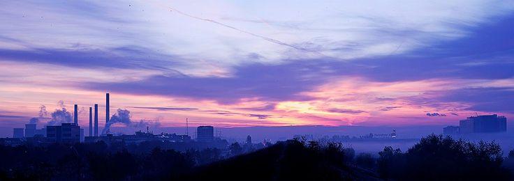 Dimineața pe răcoare... / Splaiul Unirii / 04 noiembrie 2012 / București /