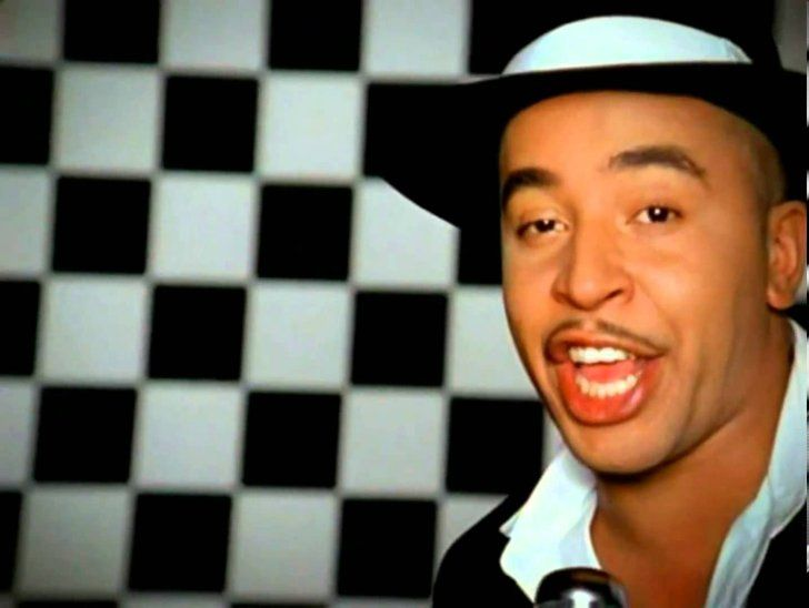 """Pin for Later: 30 of the Hottest Songs From the Early '00s Lou Bega — """"Mambo No. 5 (A Little Bit Of . . . )"""" No wedding in the early 2000s was complete without this 1999 song popping up."""