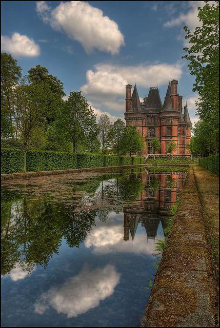 Trévarez le Château Rose Belle Epoque, Finistère, Bretagne Region, France