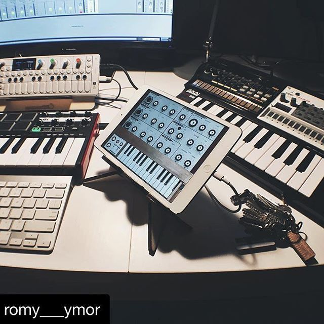 #Repost @romy___ymor ・・・ So happy with my new HERO stand from @cremacaffeshop - perfectly integrates my iPad into this little desktop setup. Great for the Volca too! And yes that's their OP-1 stand also.. and their OP-1 keyring...! 🙌 #obsessed #teenageengineering #op1 #akai #mpkmini #lpk25 #korg #volca #volcabeats #volcasample #ableton #abletonlive #ivcs3 #deskparty #cremacaffedesign