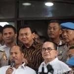 Pengacara: Gelar Perkara Ahok Santai, Tenang dan Kekeluargaan  Jakarta - Kuasa hukum Basuki Tjahaja Purnama (Ahok), Sirra Prayuna mengaku tak memanfaatkan waktu satu jam yang diberikan oleh penyidik Polri dalam gelar perkara. http://rock.ly/5oljh
