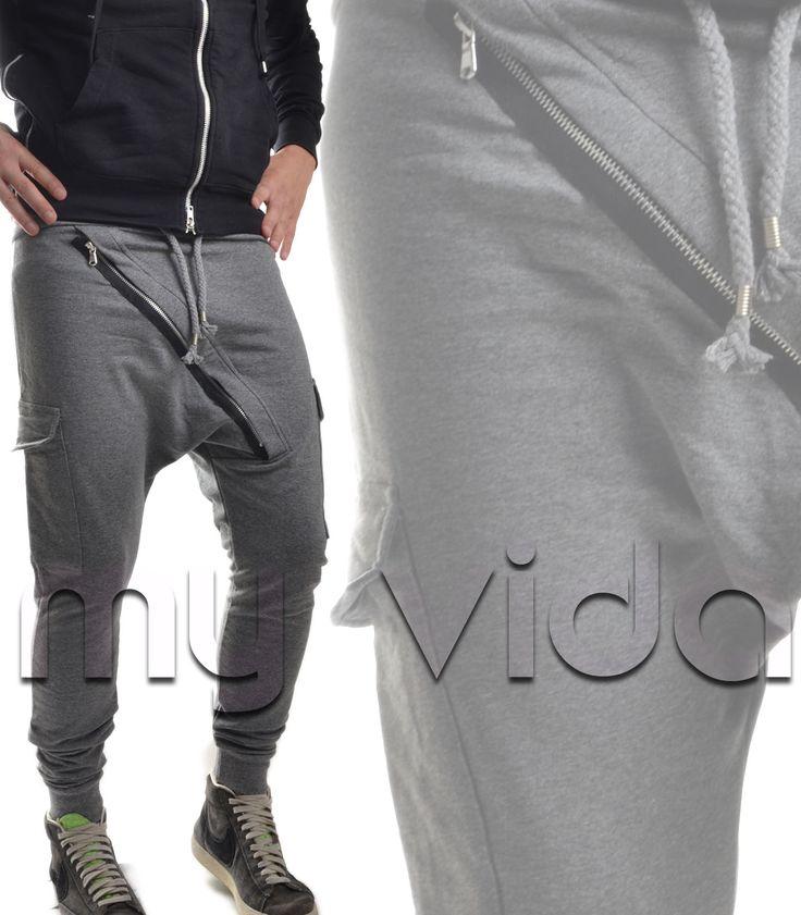 Pantaloni #tuta #uomo con cavallo basso zip trasversale avanti tasconi laterali adatti per #fitness o la #palestra disponibili in #nero o #grey... #clothing