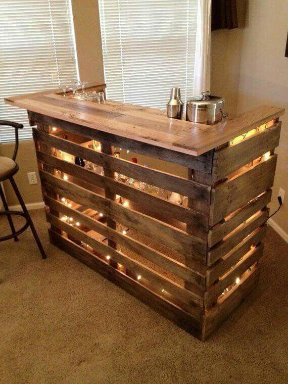 Bar made out of pallets