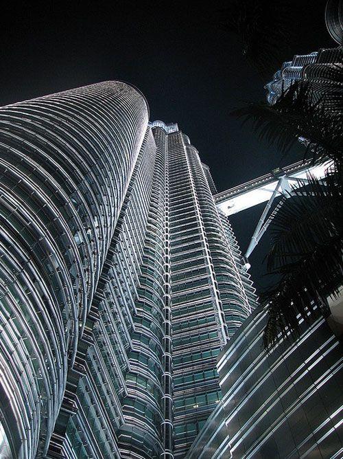 Petronas Twin Towers, Kuala Lumpur, Malaysia - Here we go babies!!!!