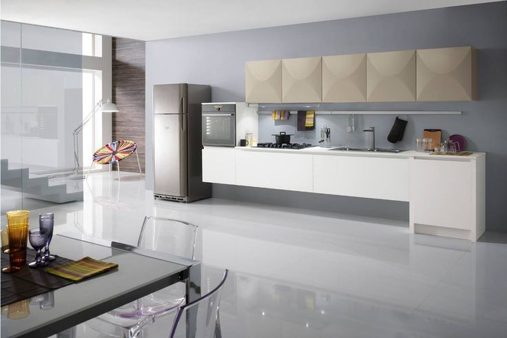 Miami is the modern and functional kitchen that gives space and hospitality to make the environment serene and cozy. http://www.spar.it/sp/it/arredamento/cucine-54.3sp?cts=cucine_moderne_miami