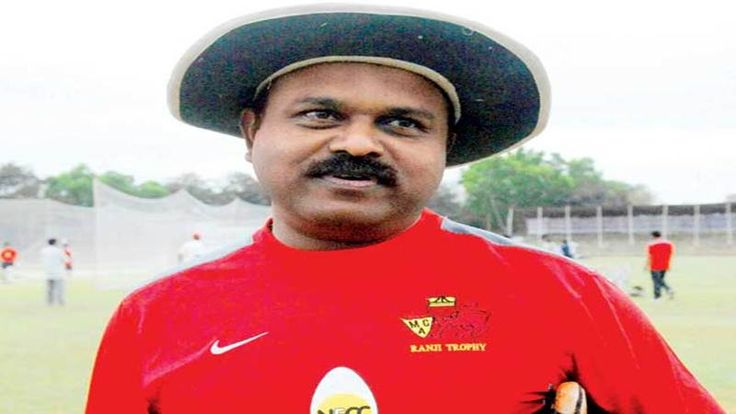 Cricket's lost talents! Pravin Amre A dream debut followed by tough luck - Free Press Journal #757Live