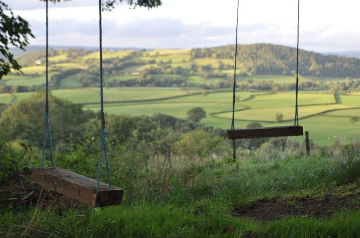 Mandinam-shepherd-s-hut-mid-wales-Carmarthenshire