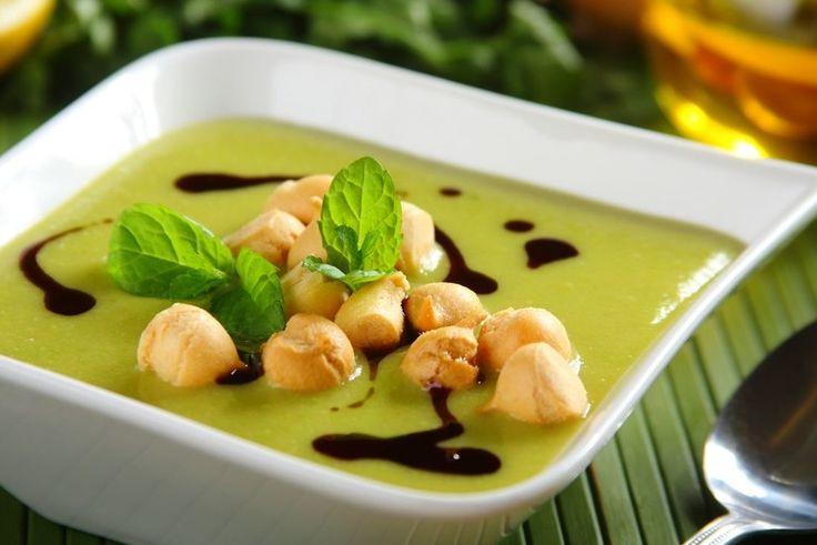 Przepis na Zupa krem z zielonego groszku