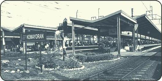 Stasiun Kemayoran   JENDELA KEMAYORAN